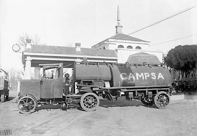 Truck of CAMPSA