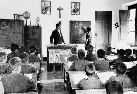 escola carca Antonio perez sobera 2