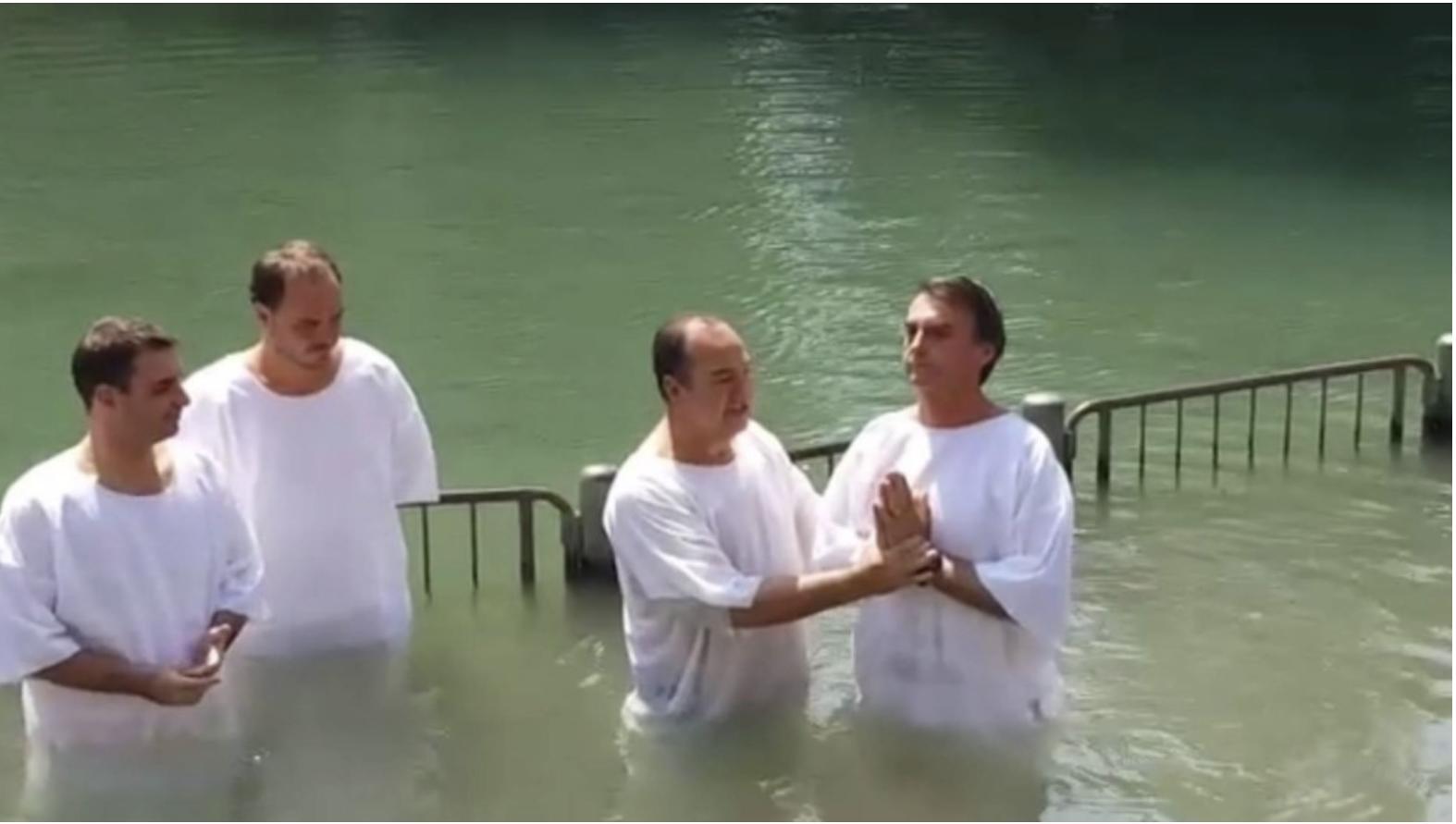 Bolsonaro bautizado en el Jordan