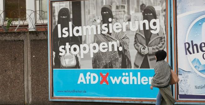 Islamofobia en un cartel de Alternativa por Alemania