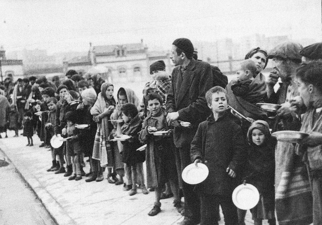 La dura realidad del hambre en Canciones para después de una guerra_