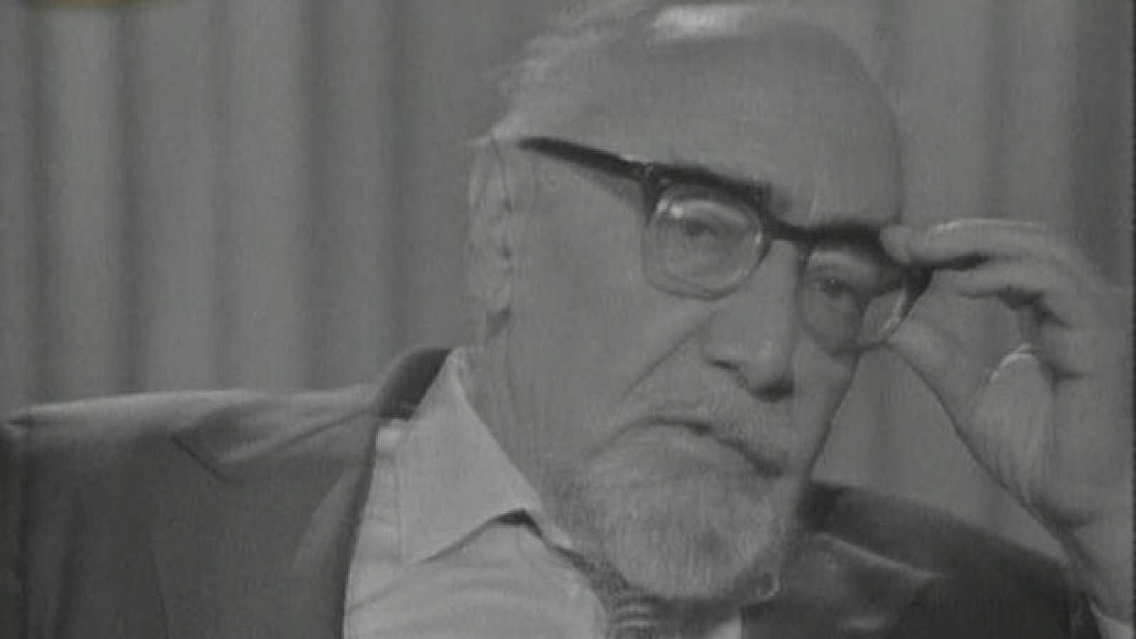Sender durante su entrevista con Joaquín Soler Serrano